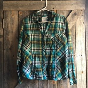 Long sleeve green plaid
